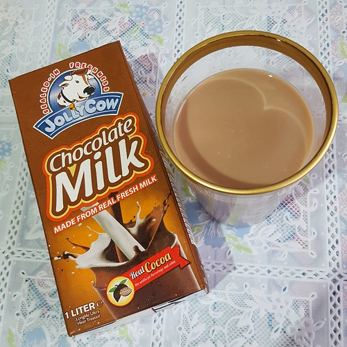 DavaoFoodTripS.com : Choco-licious Jolly Cow Chocolate Milk