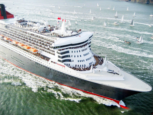 The Arrival of the Queen Mary 2 | by Telstar Logistics