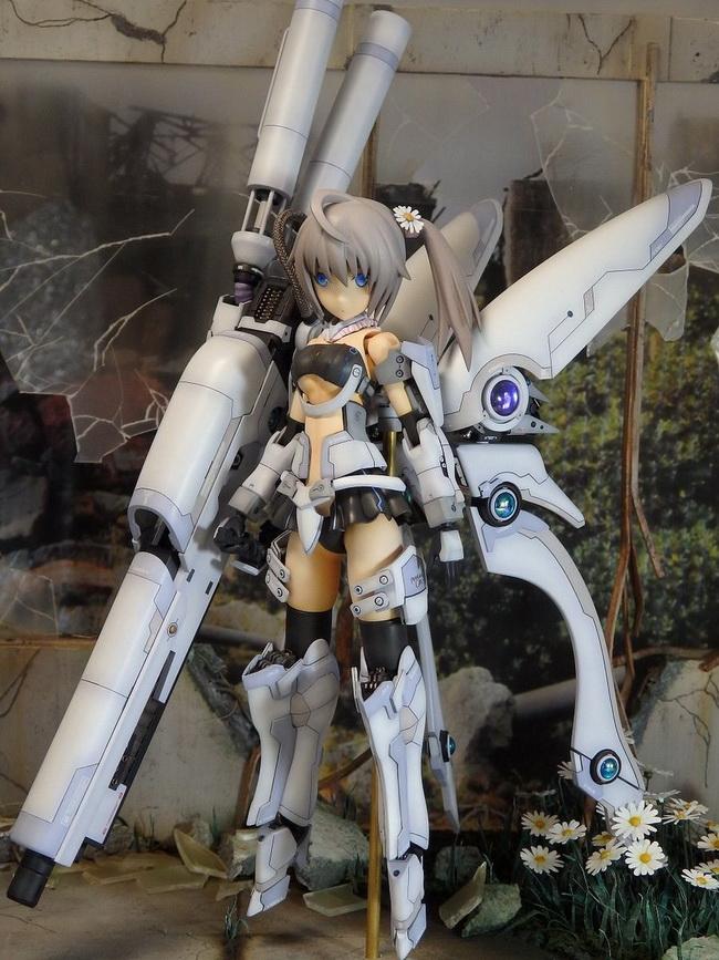 FRAME ARMS GIRL - 0022