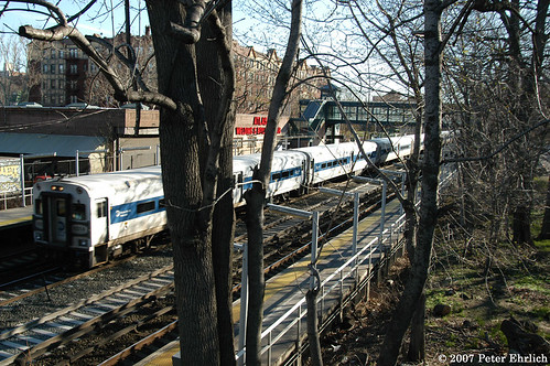Metro North 6304 Passing Botanical Garden Ib Cab Car 6304 Flickr