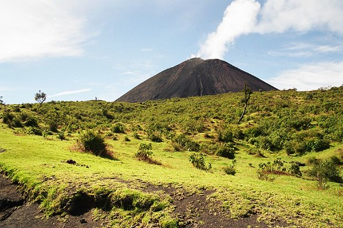 Walking to the Volcano | by Bruno Girin
