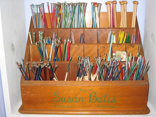 How To Store Knitting Needles : Vintage knitting needle store display