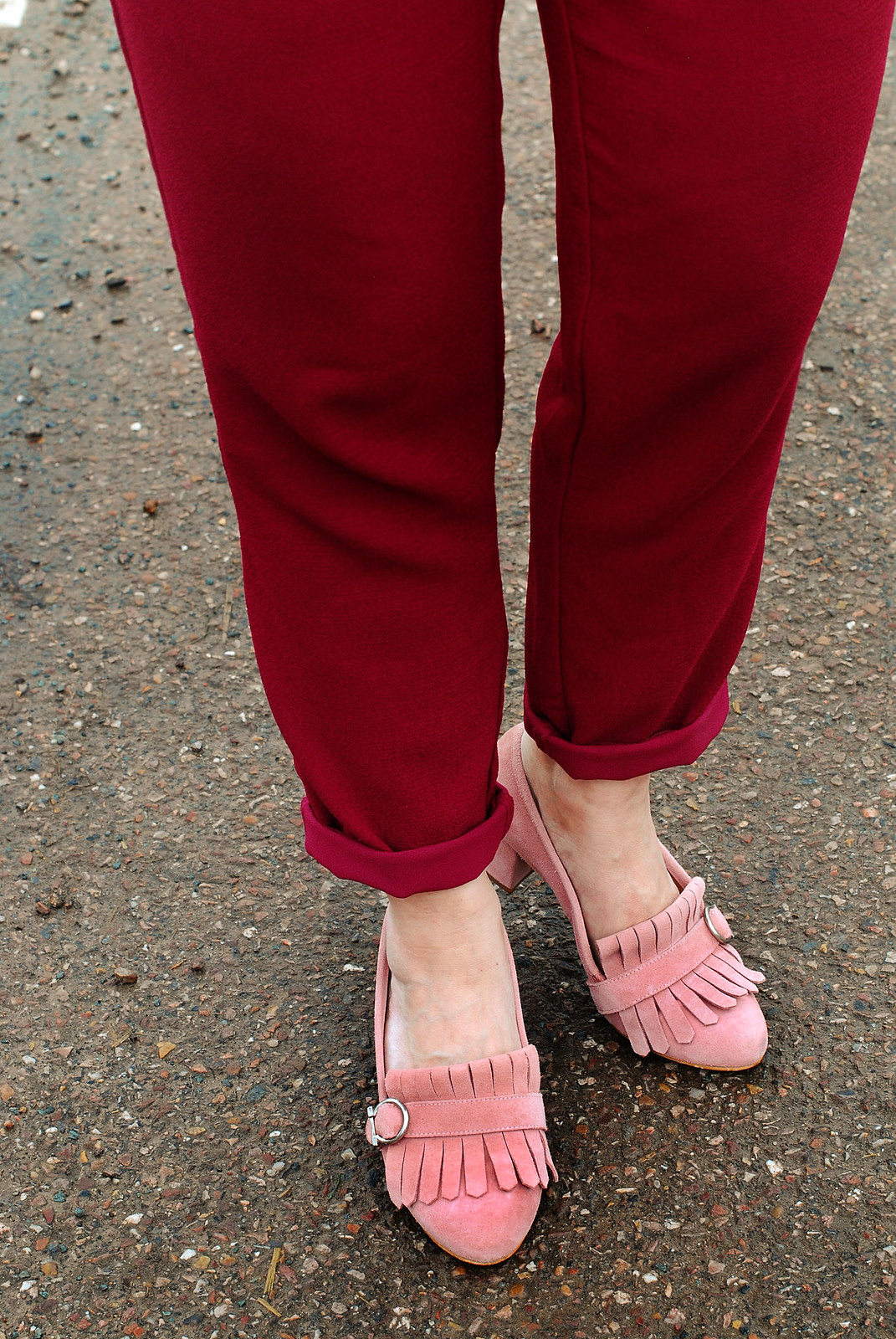 Simple dressing: Plum/burgundy jumpsuit \ pink suede block heel shoes \ frilled choker | Not Dressed As Lamb, over 40 style