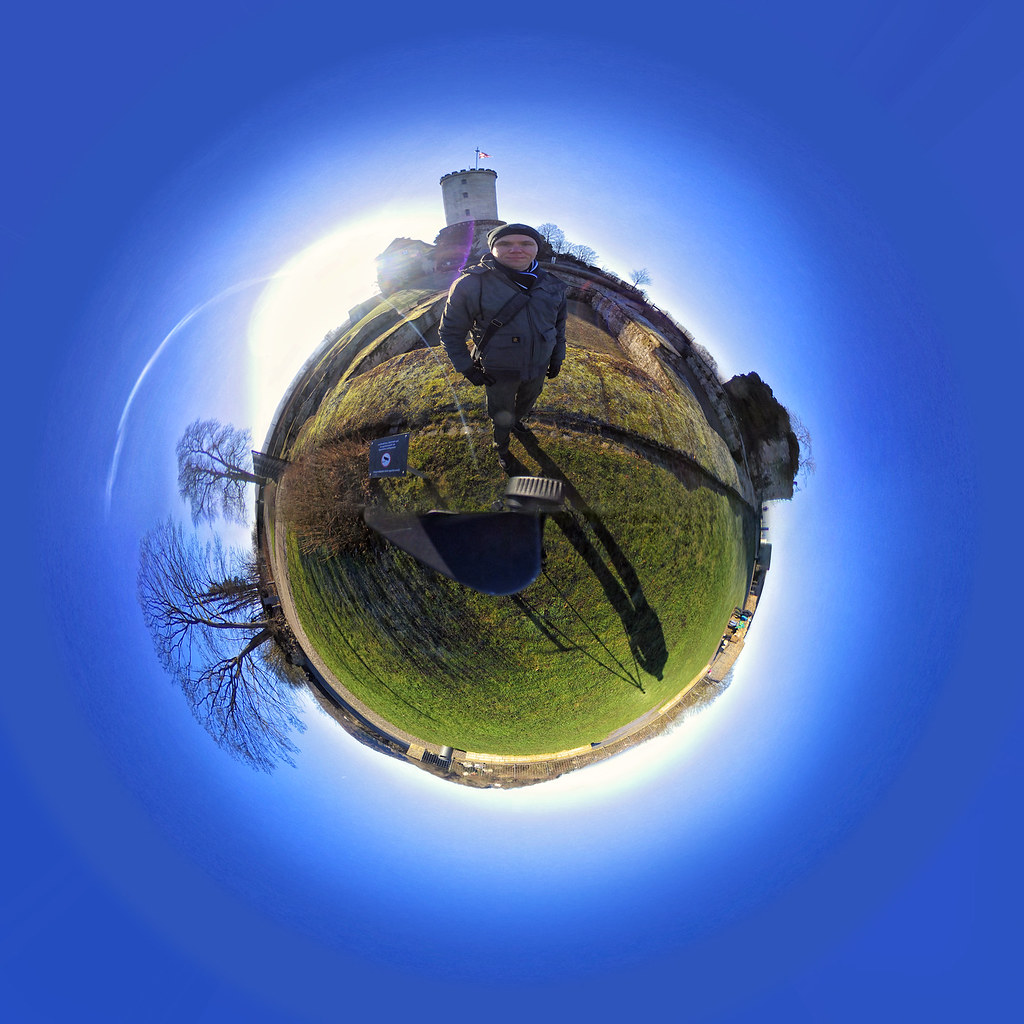 Sparrenburg little planet Selfie 2