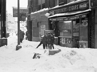 NYC Blizzard of February 6-7, 1978 Brooklyn, Boro Park, New Utrecht Ave - 01 | by Whiskeygonebad