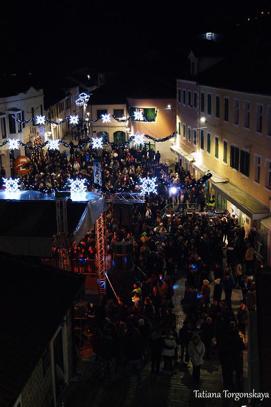 Площадь Николы Джурковича в новогоднюю ночь