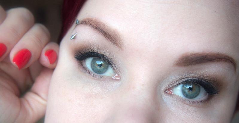 meikki vihreille silmille