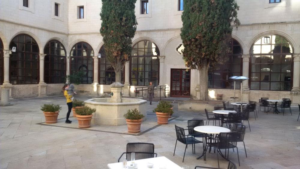 Cuenca_patrimonio_unesco_parador nacional_claustro