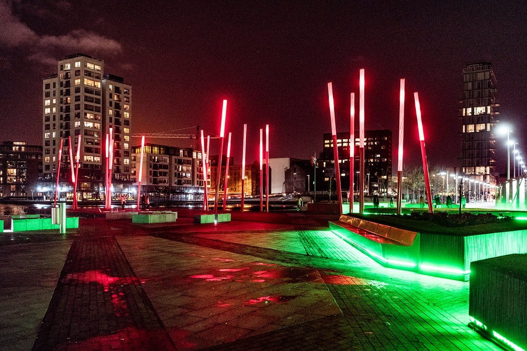 GRAND CANAL SQUARE AT NIGHT [GRAND CANAL DOCK AREA OF DUBLIN]-124019