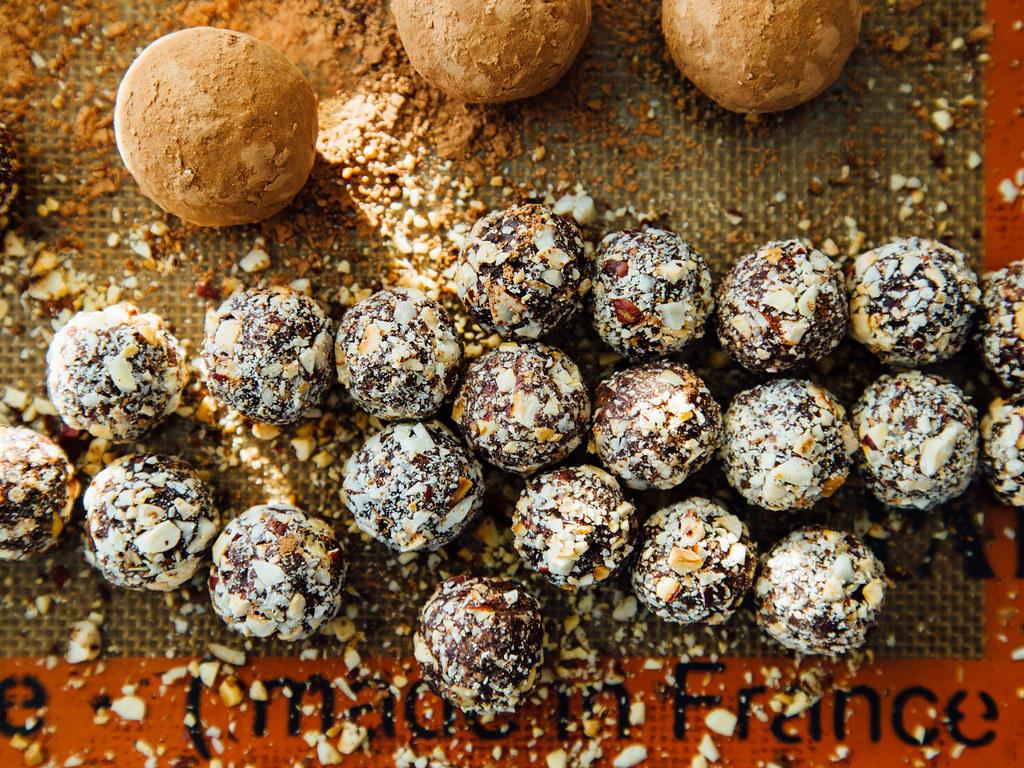 Wannabe Ferrero Rocher truffles