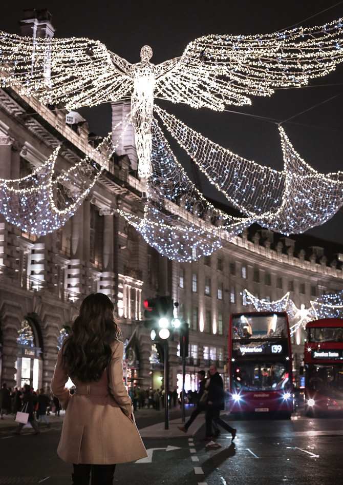 Piccadilly Circus London travel guide Christmas Holiday Lights