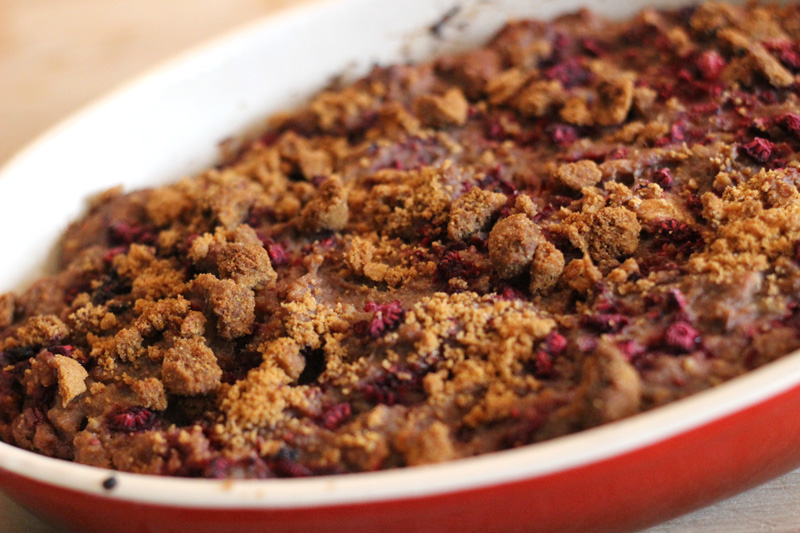 Easy Speculoos Bread Pudding with Raspberry