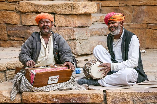 Street musicians in Jaisalmer Fort, India ジャイサルメール・フォートのストリートミュージシャン