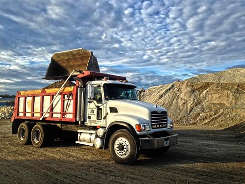 Lynn's Trucks Guyton Georgia
