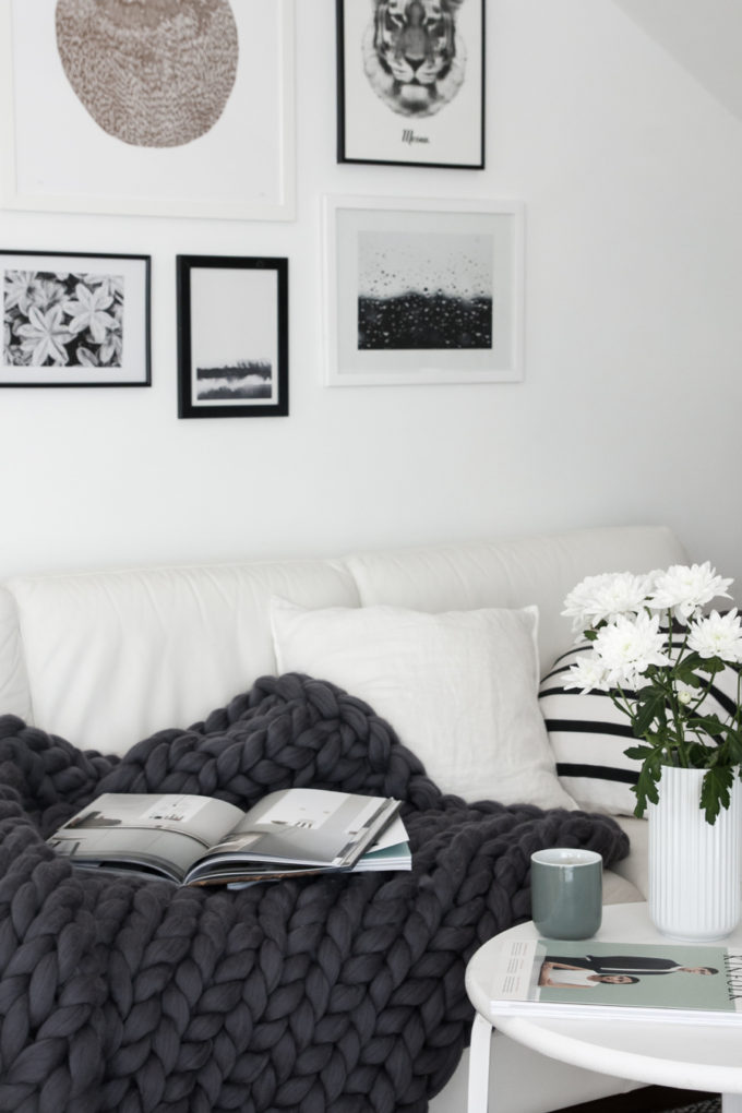 Monochrome-living-room-cozy-chunky-throw-from-Ohhio-680x1020