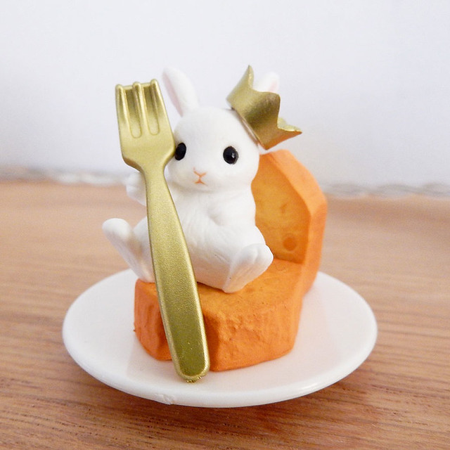 King Bunny of the Cake