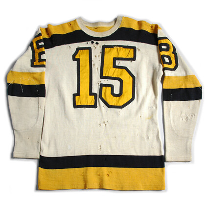 Boston Bruins 1940-48 F jersey