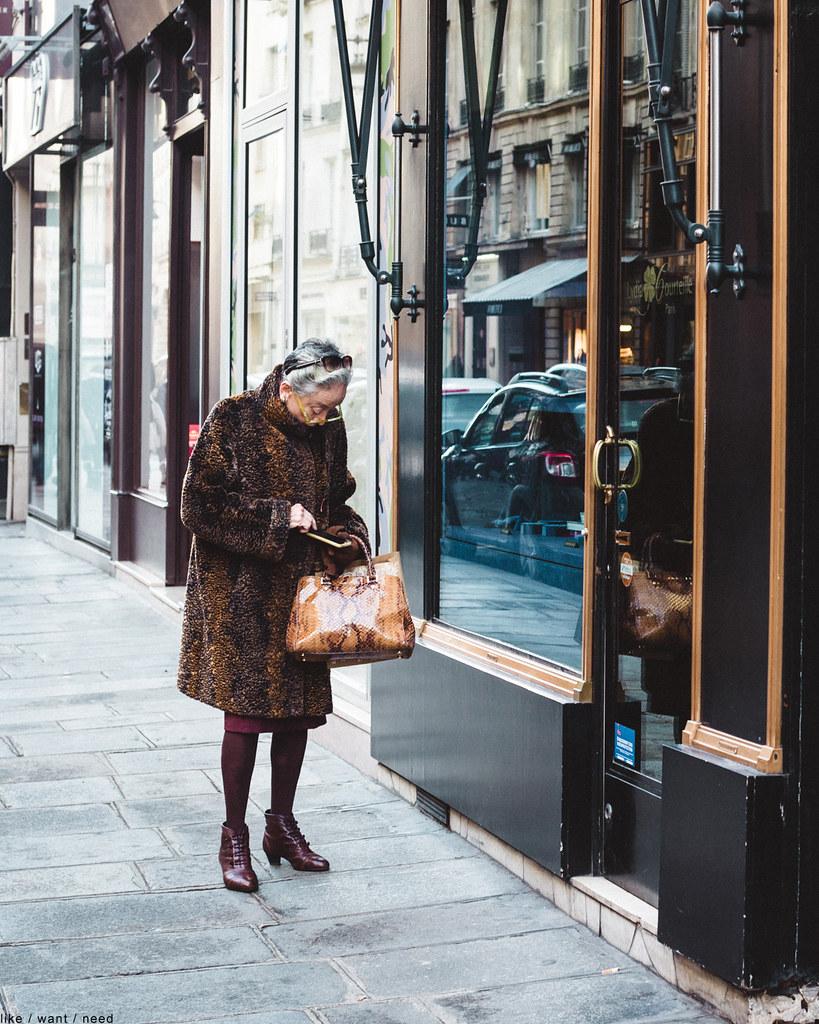 Woman, Rue Saint-Honoré