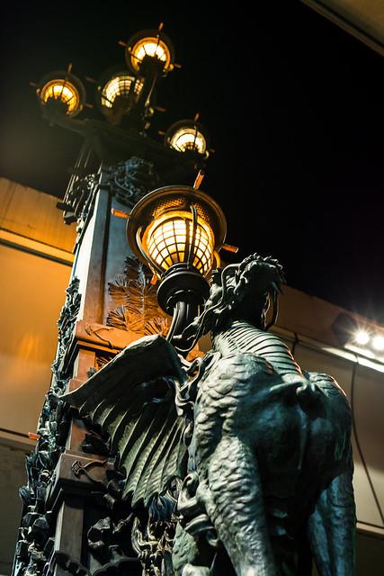 日本橋麒麟の像の写真