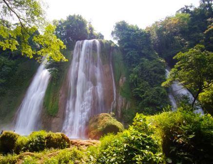 Liburan Ke Wisata Curug Cikaso | Air Terjun Di Ujung Genteng Sukabumi