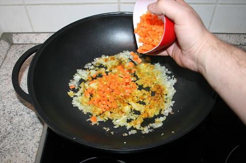 49 - Möhre  dazu geben / Add carrot