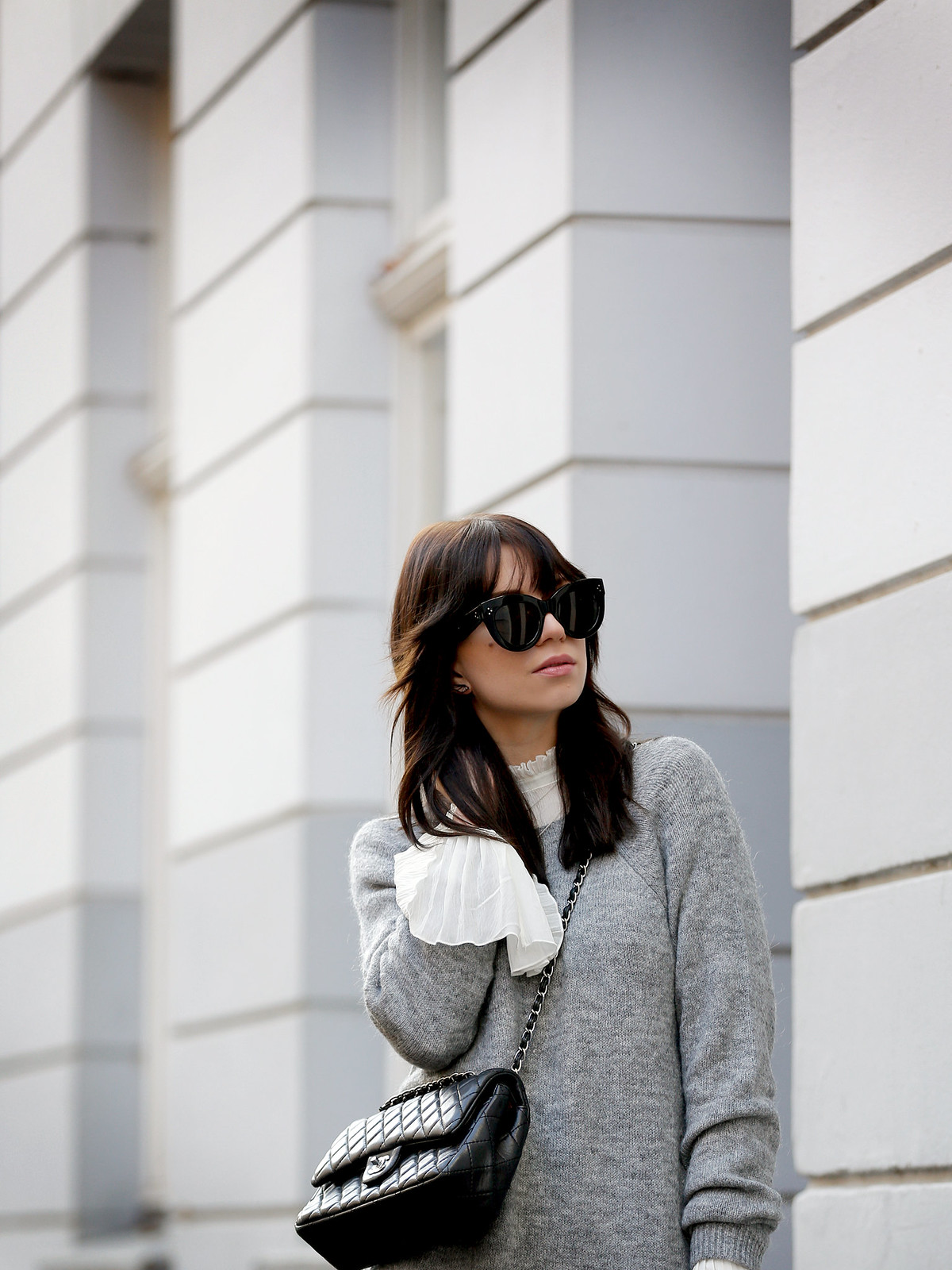 outfit h&m grey maxi knit dress bell sleeves hippie chanel 2.55 classic luxury bag black silver hardware sacha boots winter isabel marant étoile ootd fashionblogger ricarda schernus cats & dogs 3