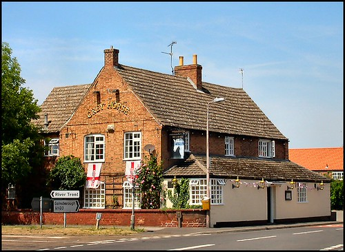 Grey Horse, Collingham, Nottinghamshire | by Lincolnian (Brian) - BUSY, in and out