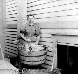 Laundry Lady - Vintage Photo | by Fosterx2