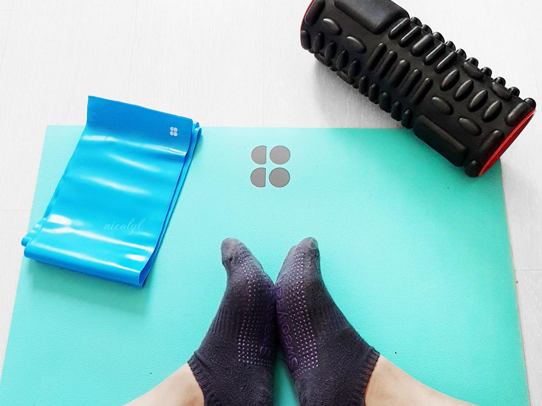 sweaty betty yoga mat resistance bands foam roller