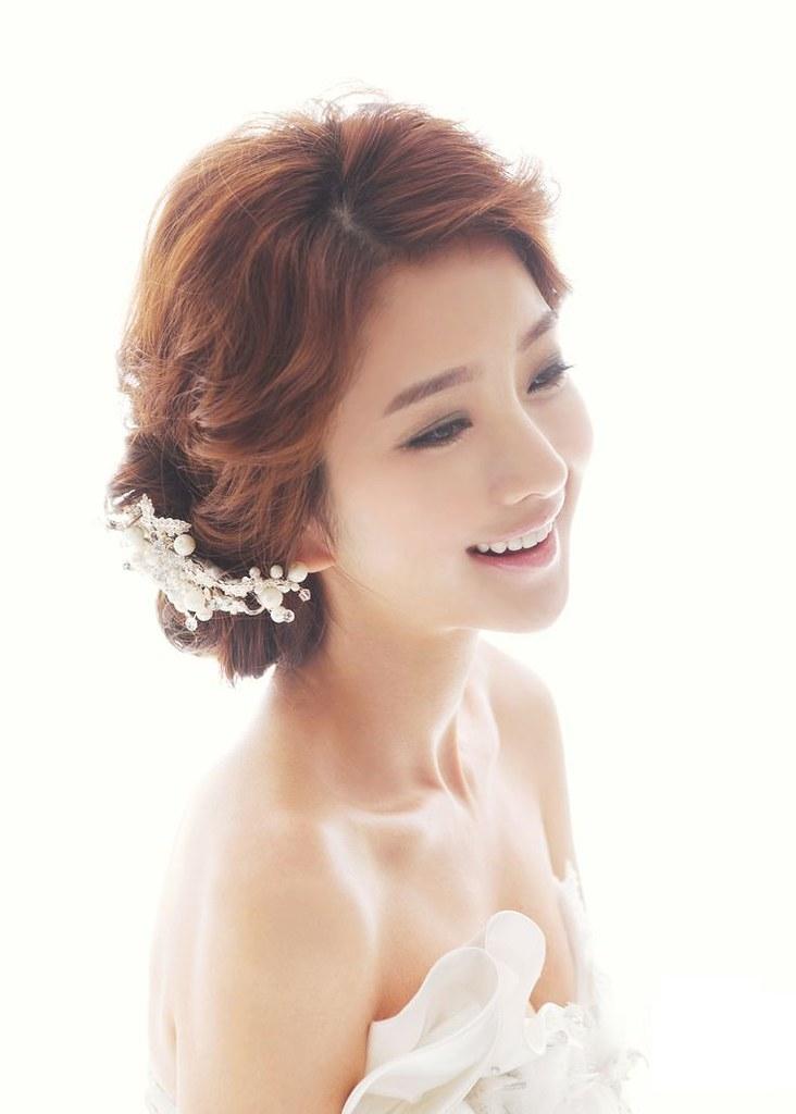1-best-korean-girls-hairstyle-ideas-for-wedding-1