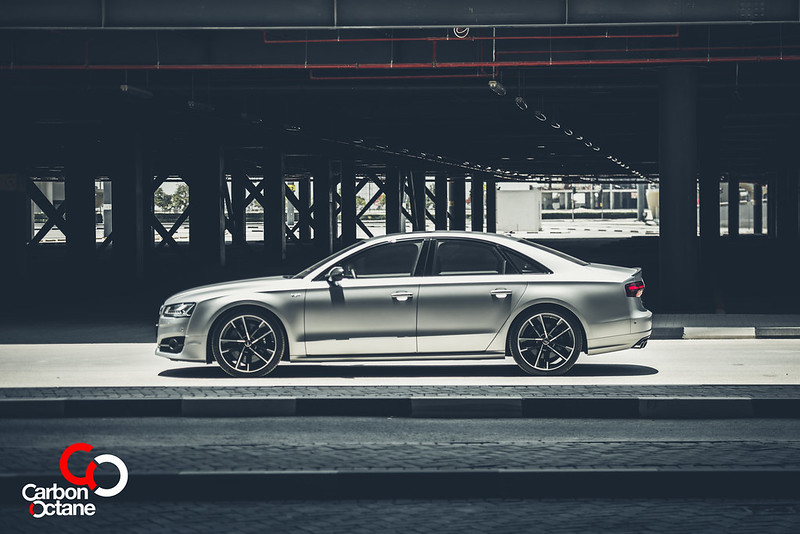 2016_Audi_S8_Plus_CarbonOctane_Dubai_8