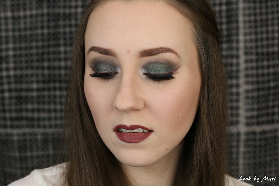2 liquid lipstick as an eyeliner ideas colors kat von d lolita