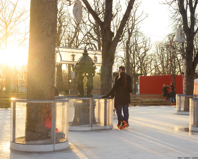 Skaters, Christmas Market
