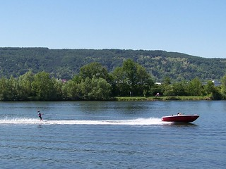 Water-skiing on the Moselle | by Nebel
