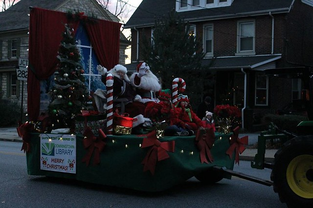 2016 Downingtown Good Neighbor Christmas Parade - photos courtesy of Geanine Castaldi