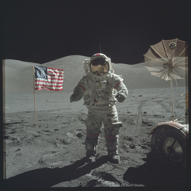 Apollo 17 Magazine 140/E