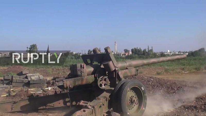 122mm-A-19-loyals-northern-homs-2016-alj-1