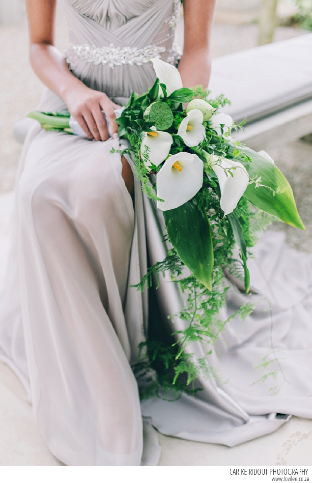 botanical wedding bouquet