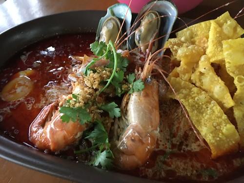 Koh Samui Tomyam seafood noodle サムイ トムヤムシーフードヌードル