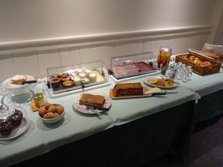 Breakfast at Itzalpea