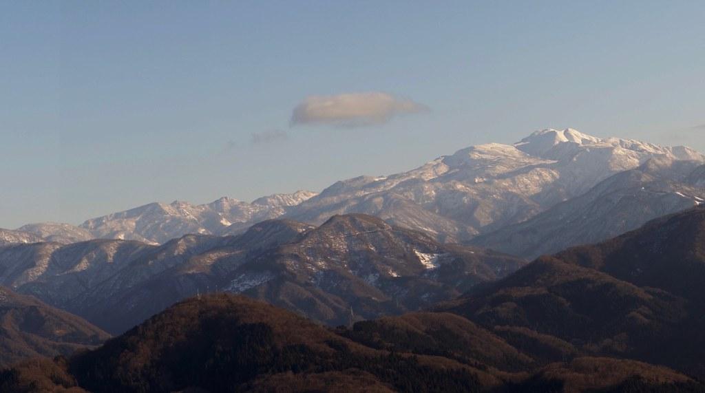 """Mt. """"HAKUSAN"""" from KOMATSU HITOMOSHIYAMA"""