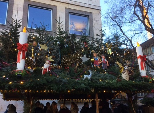 Stuttgart Christmas market: decorated stand