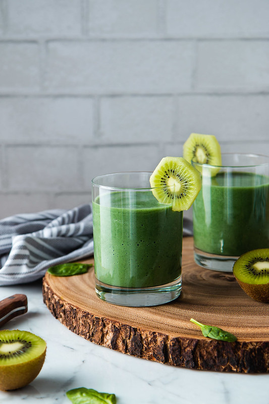 Popeye's Spinach And Spirulina Smoothie (vegan, gluten-free) | Will Cook For Friends