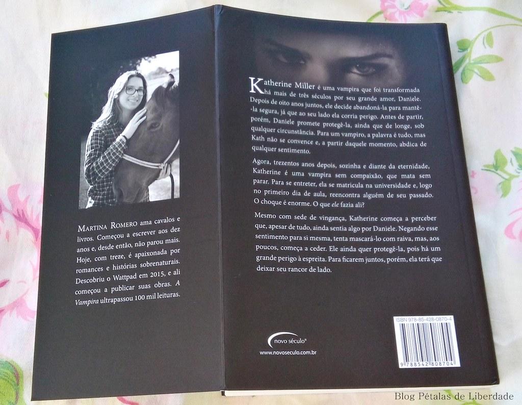 Resenha, resenha-premiada, livro, A-vampira, Martina-Romero, wattpad, vampiros, romance-sobrenatural, talentos-da-literatura-brasileira, opiniao, critica, fotos, capa, trechos, sorteio, marcador