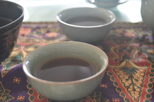 Mixed Yunnan raw and cooked puerh