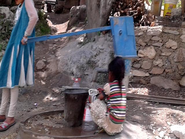 उत्तराखण्ड में जल संकट की समस्या बढ़ती जा रही है