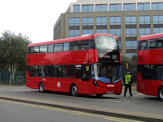 *Brand New* First Day: Metroline West - Volvo B5LH/Wright Eclipse Gemini 3 - VWH2126 LK65EBD - Route 295