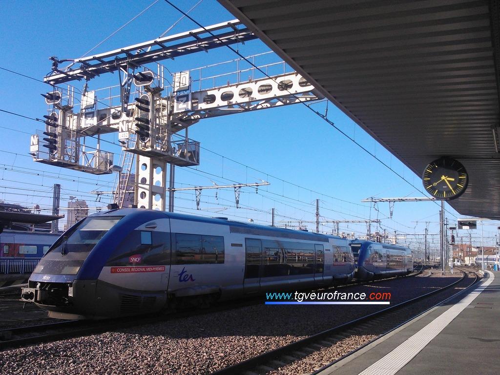 Deux autorails ATER Alstom Transport (X 73500) de la Région Midi-Pyrénées