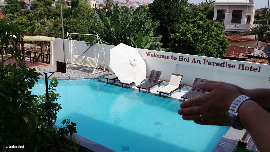Hoi An Paradise Hotelin parvekkeella