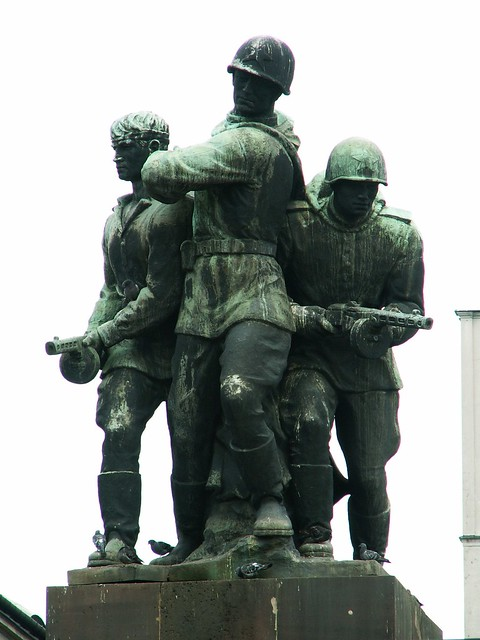 Monument de la fraternité des armes à Varsovie - Photo de jaime.silva